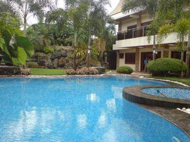 Dasmarinas Village House for Sale