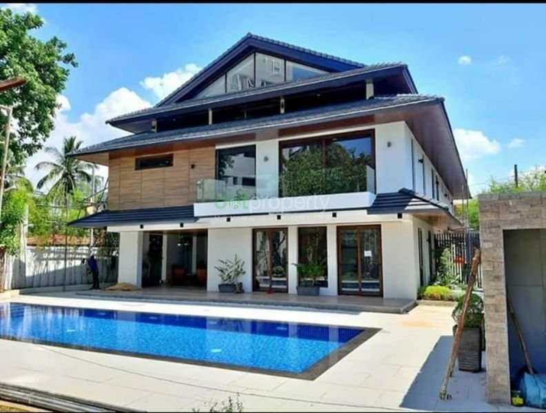 Greenhills House for Sale